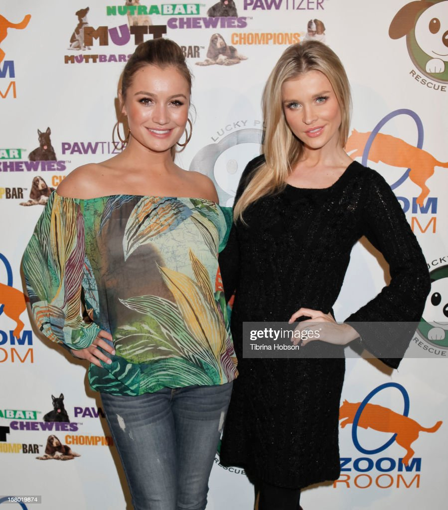 <a gi-track='captionPersonalityLinkClicked' href=/galleries/search?phrase=Joanna+Krupa&family=editorial&specificpeople=224038 ng-click='$event.stopPropagation()'>Joanna Krupa</a> and Marta Krupa attend the Lucky Puppy Rescue and Retail grand opening on December 8, 2012 at Lucky Puppy Rescue in Studio City, California.