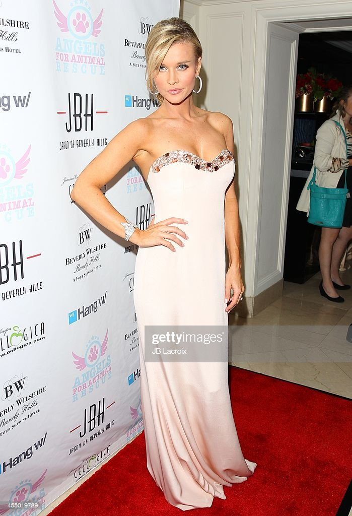 Joanna Krupa attends the Angels For Animal Rescue at Jason Of Beverly Hills on December 10, 2013 in Beverly Hills, California.