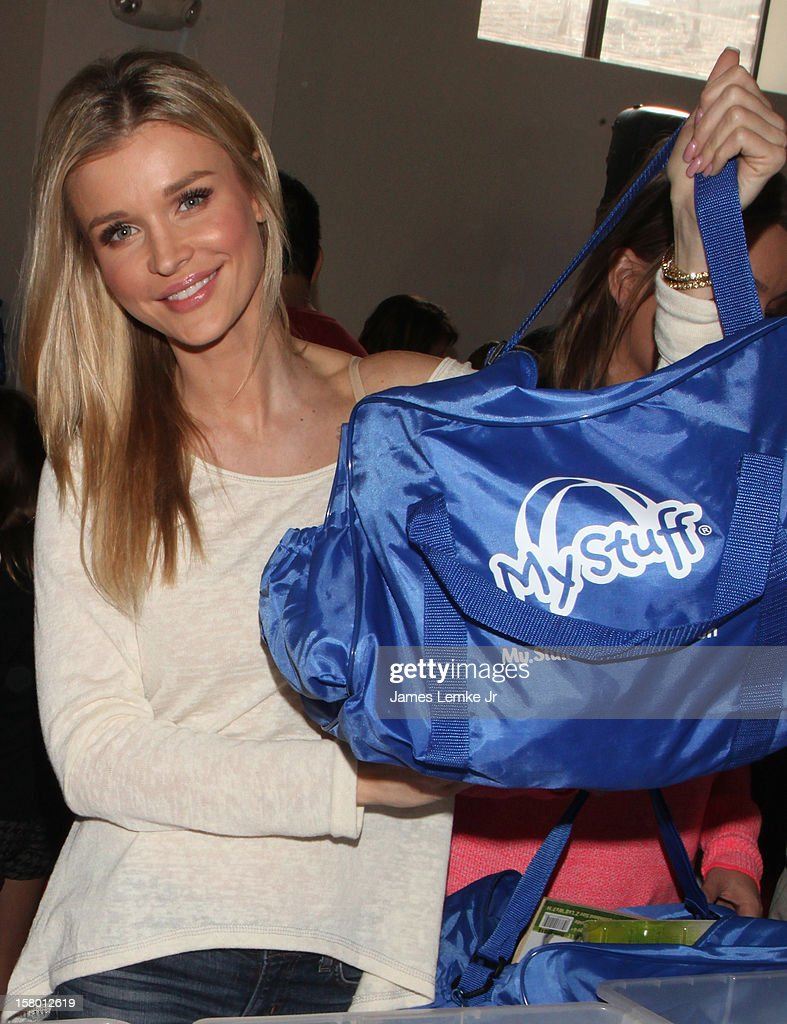 Joanna Krupa attends the 'Celebrity Stuff-a-thon' benefiting the My Stuff Bags Foundation held at the CBS Studios- Radford on December 8, 2012 in Studio City, California.