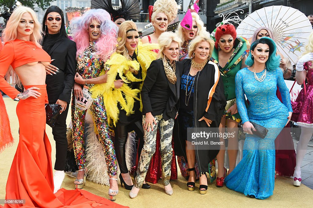 <a gi-track='captionPersonalityLinkClicked' href=/galleries/search?phrase=Joanna+Lumley&family=editorial&specificpeople=206307 ng-click='$event.stopPropagation()'>Joanna Lumley</a> and <a gi-track='captionPersonalityLinkClicked' href=/galleries/search?phrase=Jennifer+Saunders&family=editorial&specificpeople=210714 ng-click='$event.stopPropagation()'>Jennifer Saunders</a> pose with guests at the World Premiere of 'Absolutely Fabulous: The Movie' at Odeon Leicester Square on June 29, 2016 in London, England.