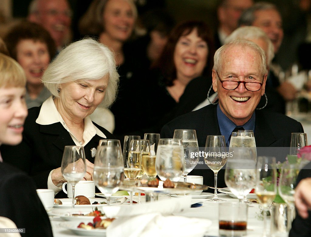 <a gi-track='captionPersonalityLinkClicked' href=/galleries/search?phrase=Joanne+Woodward&family=editorial&specificpeople=211476 ng-click='$event.stopPropagation()'>Joanne Woodward</a> and Paul Newman during The Second Annual Barretstown New York City Gala at Essex House in New York City, New York, United States.