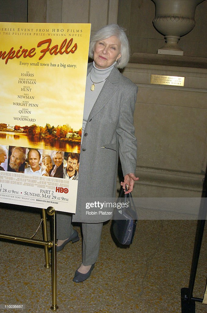 Joanne Woodward during HBO Films 'Empire Falls' New York City Premiere at Metropolitan Museum of Art in New York City, New York, United States.