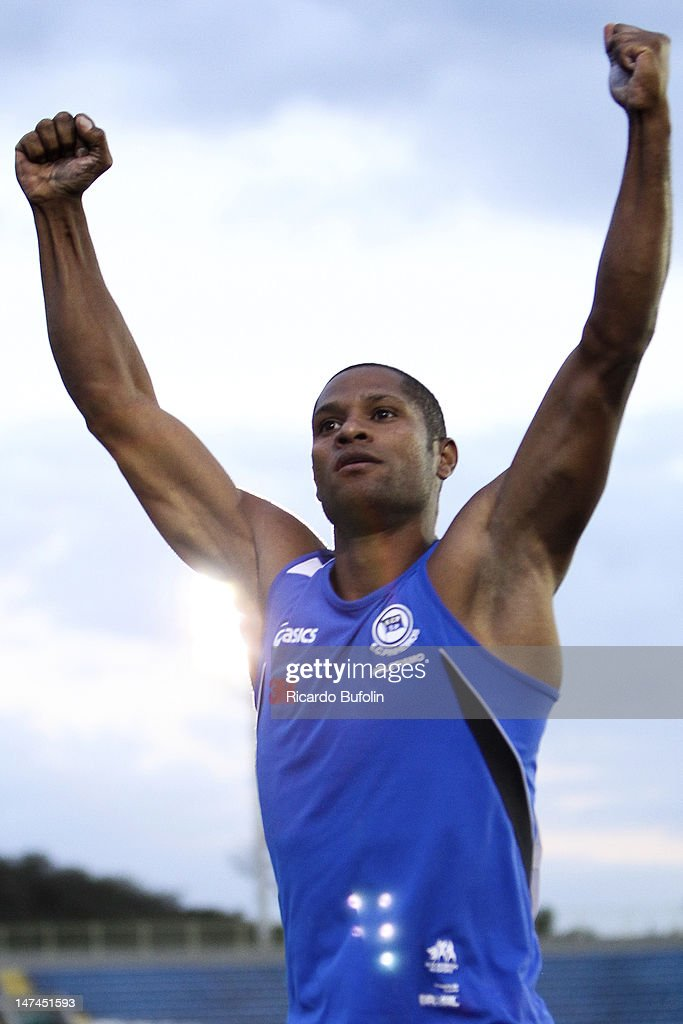 Joao Gabriel dos Santos, from Brazil, competes in the Pole Vault Final event during the third day of the Trofeu Brazil/Caixa 2012 Track and Field Championship at êcaro de Castro Mello Stadium on June 29, 2012 in Ibirapuera, Sao Paulo, Brazil.