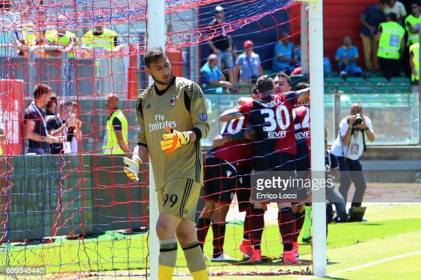 Joao Pedro of Cagliari celebrates his goal 10 with teammates during the Serie A match between Cagliari Calcio and AC Milan at Stadio Sant'Elia on May...