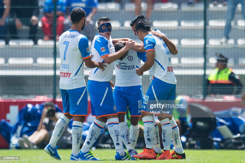 <a gi-track='captionPersonalityLinkClicked' href=/galleries/search?phrase=Joao+Rojas&family=editorial&specificpeople=5670882 ng-click='$event.stopPropagation()'>Joao Rojas</a> of Cruz Azul celebrates with teammates after scoring during the 16th round match between Toluca and Cruz Azul as part of the Clausura 2016 Liga MX at Nemesio Diez Stadium on May 01, 2016 in Toluca, Mexico.