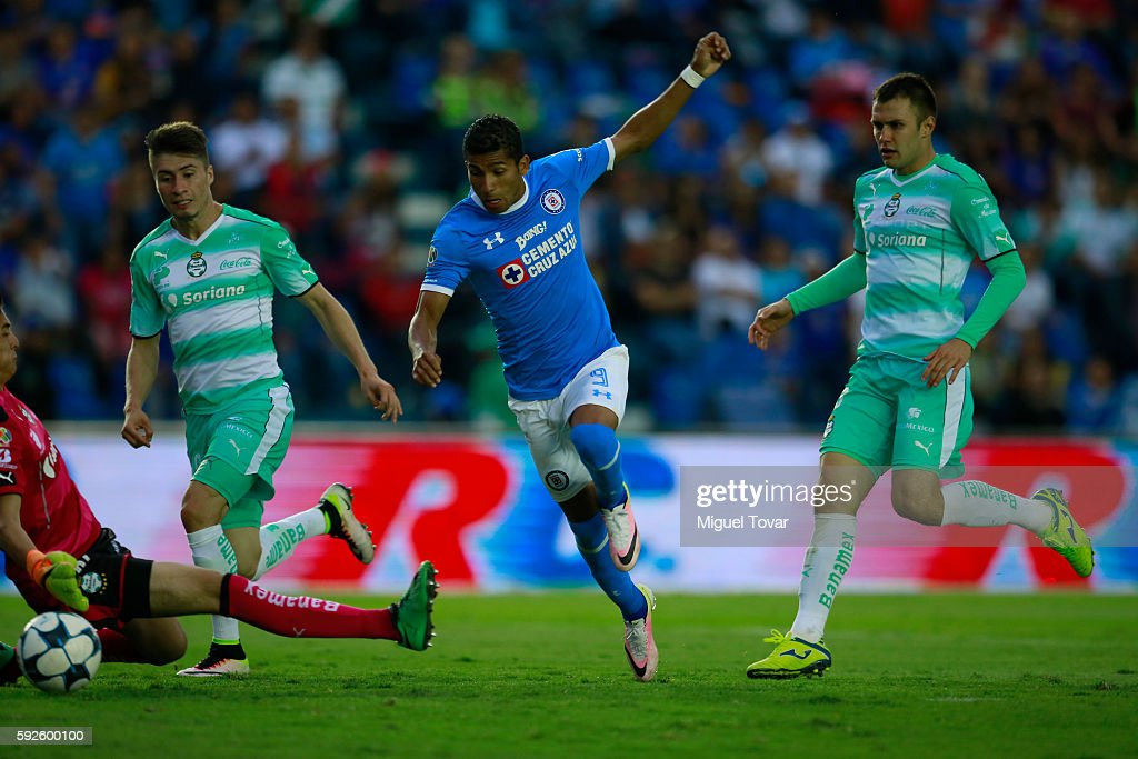 Joao Rojas of Cruz Azul scores during the 6th round match between Cruz Azul and Santos Laguna as part of the Torneo Apertura 2016 Liga MX at Azul...