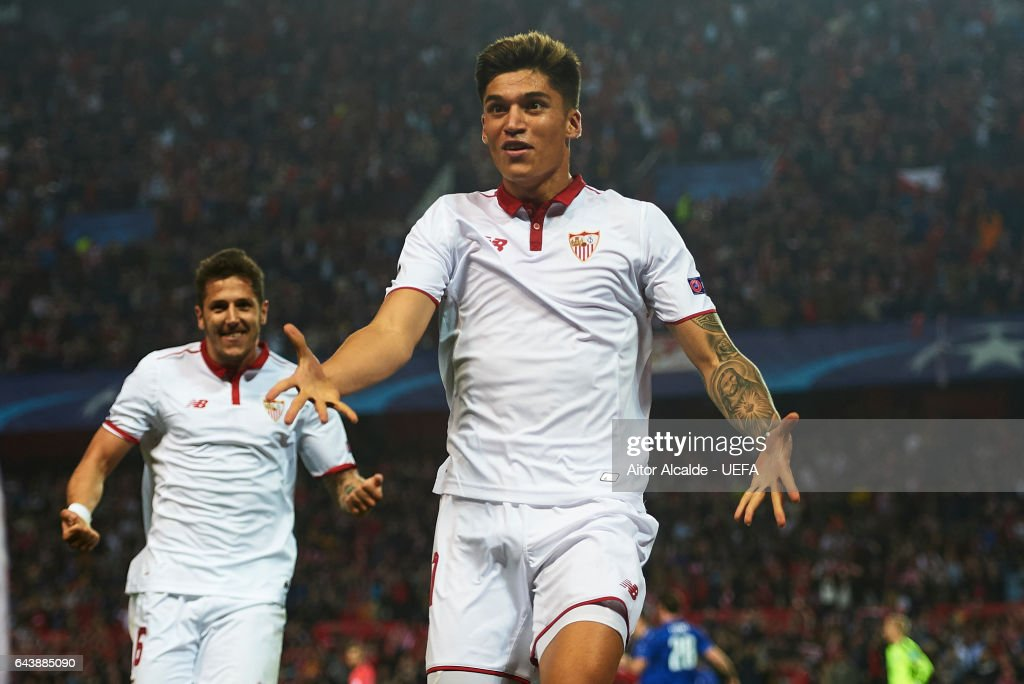 Joaquin Correa of Sevilla FC celebrates after scoring the second goal for Sevilla FC during the UEFA Champions League Round of 16 first leg match between Sevilla FC and Leicester City at Estadio Ramon Sanchez Pizjuan on February 22, 2017 in Seville, Spain.