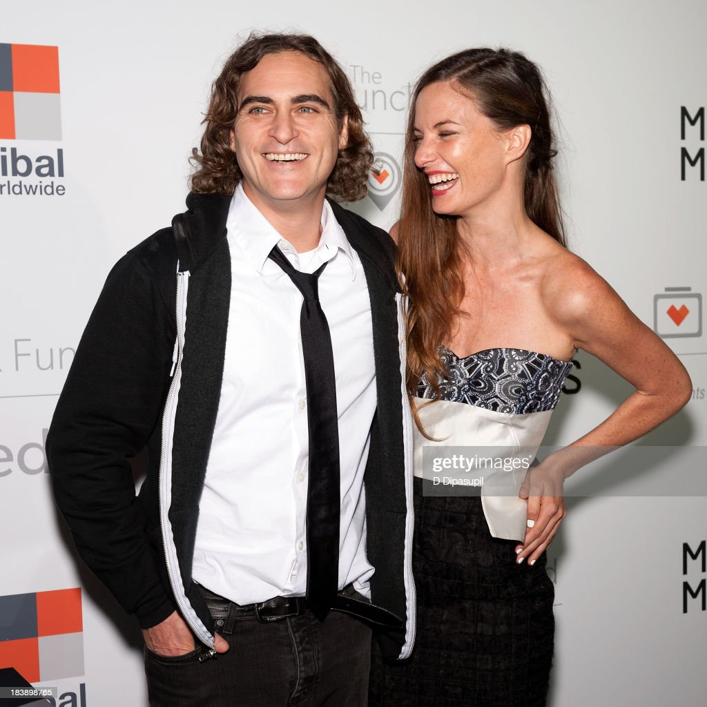 <a gi-track='captionPersonalityLinkClicked' href=/galleries/search?phrase=Joaquin+Phoenix&family=editorial&specificpeople=215391 ng-click='$event.stopPropagation()'>Joaquin Phoenix</a> (L) and the Lunchbox Fund founder and executive director Topaz Page-Green attend the Lunchbox Fund Fall Fete 2013 at Buddakan on October 9, 2013 in New York City.