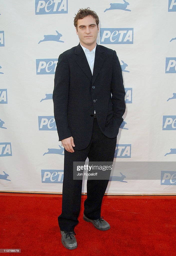25th Anniversary Gala for PETA and Humanitarian Awards - Arrivals