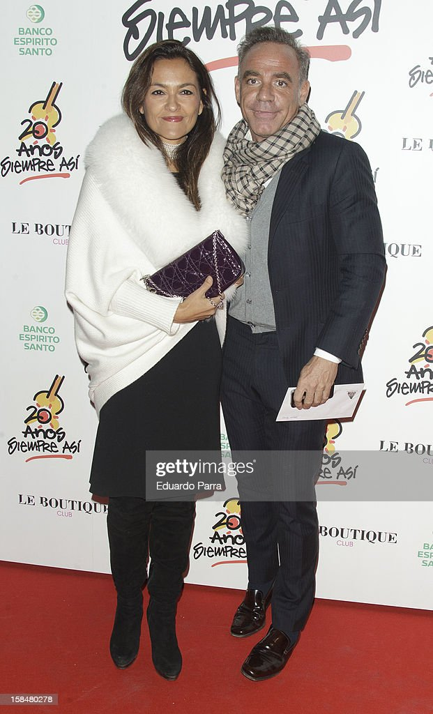 Joaquin Torres and Mercedes Rodriguez attend '20 anos Siempre Asi' concert photocall at Rialto theatre on December 17, 2012 in Madrid, Spain.