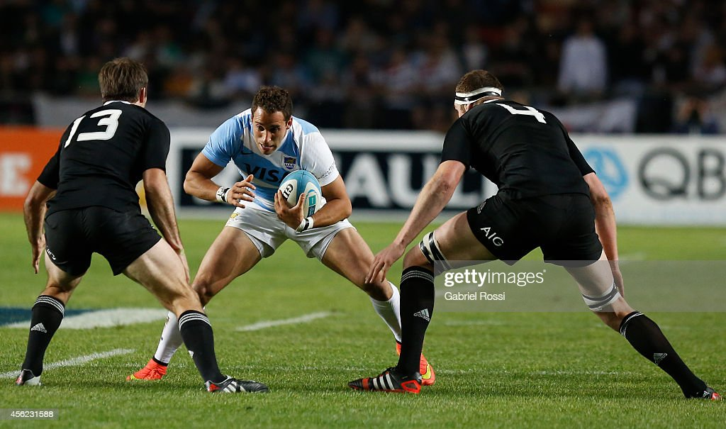 Joaquin Tuculet of Argentina in action during a match between Argentina Los Pumas and New Zealand All Blacks as part of fifth round of The Rugby Championship 2014 at Ciudad de La Plata Stadium on September 27, 2014 in La Plata, Argentina.