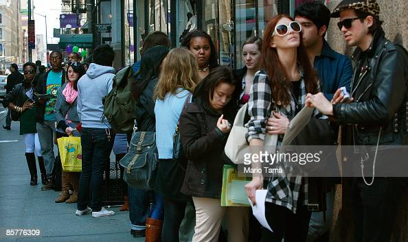Job seekers line up to apply for positions at an American Apparel store April 2 2009 in New York City Weekly unemployment claims have reached a...
