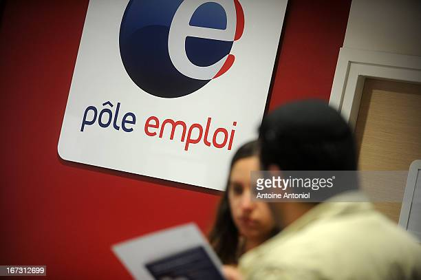 A jobseeker looks for job at a Pole Emploi unemployment office on April 24 2013 in Vincennes France French unemployment keeps rising and the number...