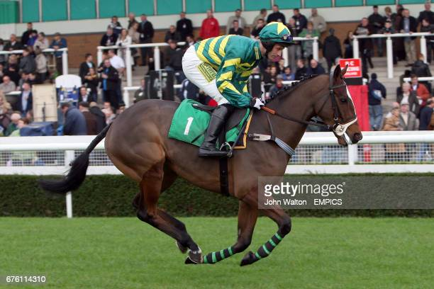 Jockey Danny Cook on Ministerofinterior during the Freebetscouk Free Sports Betting Novices' Selling Hurdle