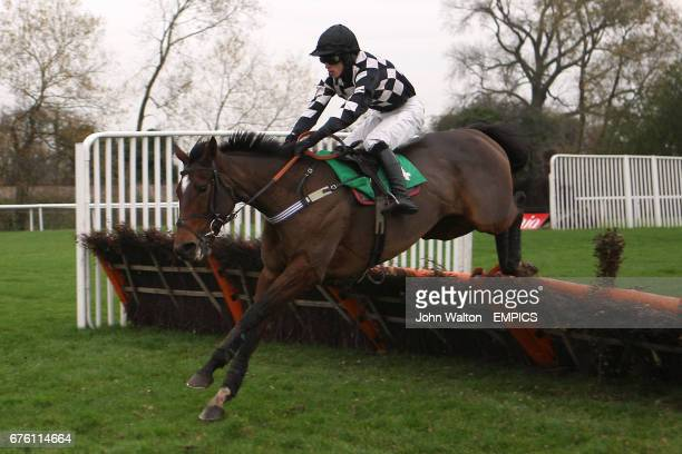 Jockey Seamus Durack on Red Perfection during the Freebetscouk Betting Mare's Handicap Hurdle