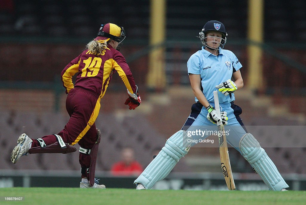 Jodie Fields stumps Alyssa Healy of the Breakers during the WNCL Final match between the NSW Breakers and the Queensland Fire at the Sydney Cricket Ground on January 13, 2013 in Sydney, Australia.