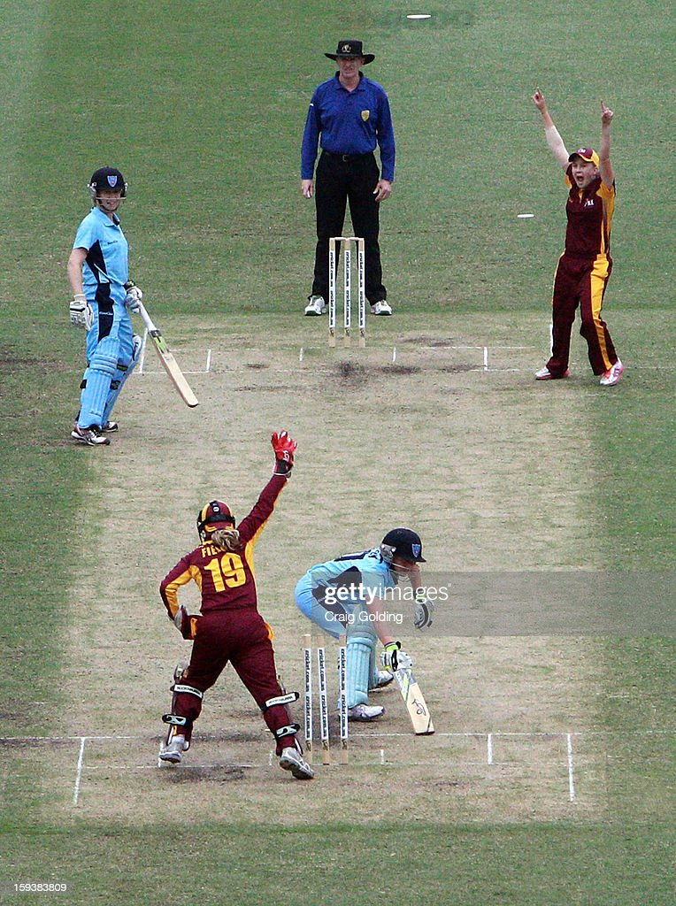<a gi-track='captionPersonalityLinkClicked' href=/galleries/search?phrase=Jodie+Fields&family=editorial&specificpeople=5576479 ng-click='$event.stopPropagation()'>Jodie Fields</a> stumps Alyssa Healy of the Breakers during the WNCL Final match between the NSW Breakers and the Queensland Fire at the Sydney Cricket Ground on January 13, 2013 in Sydney, Australia.