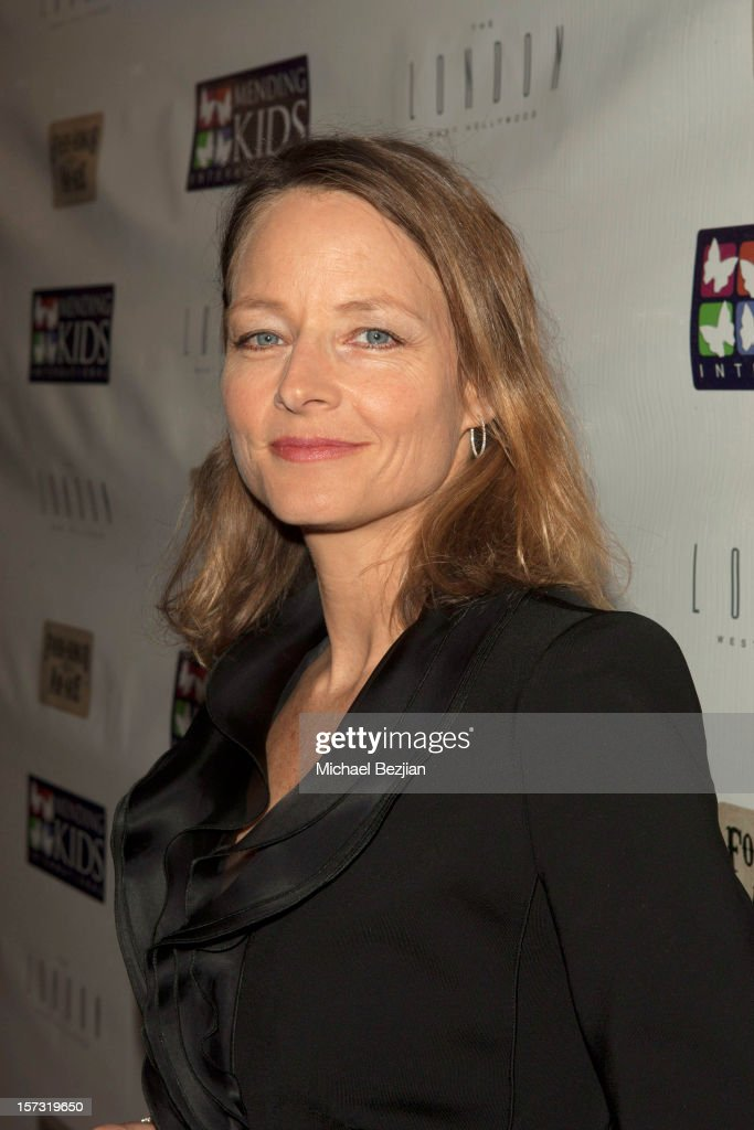 <a gi-track='captionPersonalityLinkClicked' href=/galleries/search?phrase=Jodie+Foster&family=editorial&specificpeople=204488 ng-click='$event.stopPropagation()'>Jodie Foster</a> attends Mending Kids International Celebrity Poker Tournament - Red Carpet at The London Hotel on December 1, 2012 in West Hollywood, California.