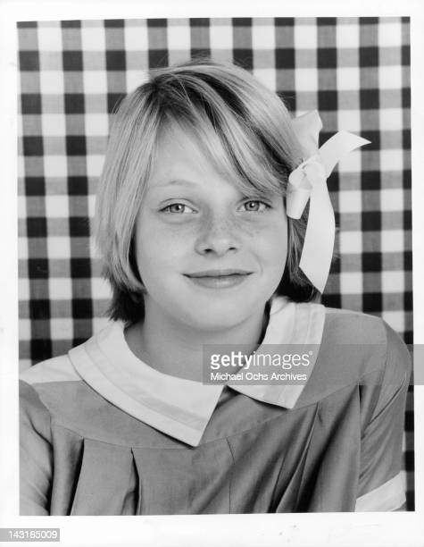 Jodie Foster publicity portrait for the television series 'Paper Moon' 1974