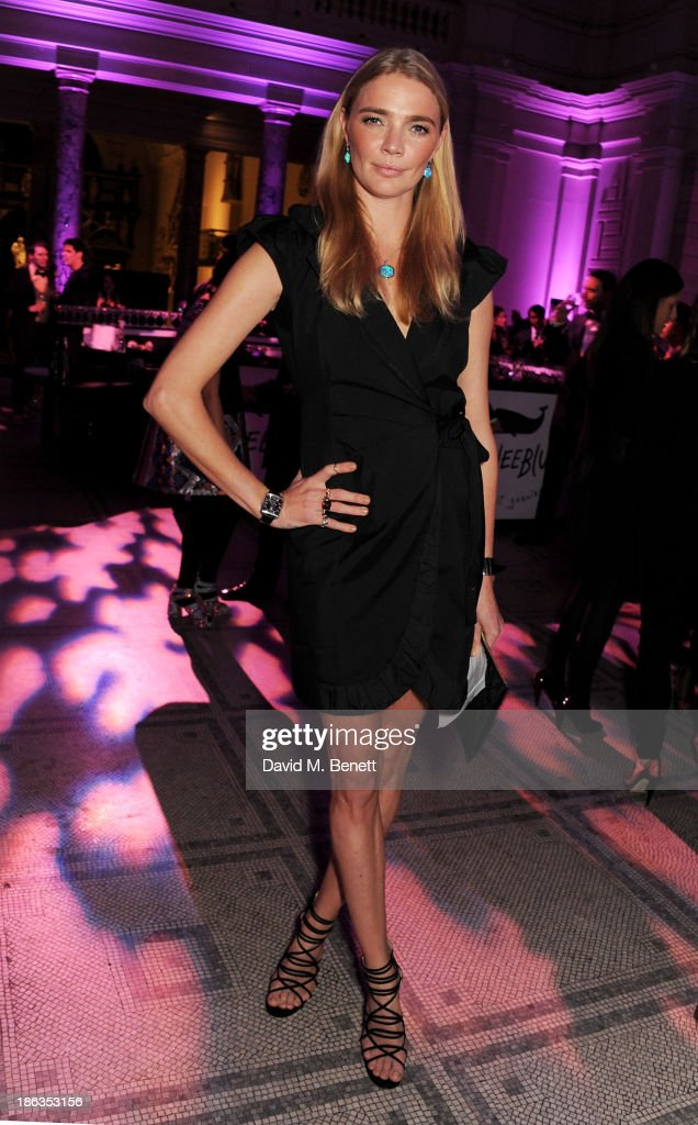 <a gi-track='captionPersonalityLinkClicked' href=/galleries/search?phrase=Jodie+Kidd&family=editorial&specificpeople=178960 ng-click='$event.stopPropagation()'>Jodie Kidd</a> arrives at The WGSN Global Fashion Awards at the Victoria & Albert Museum on October 30, 2013 in London, England.