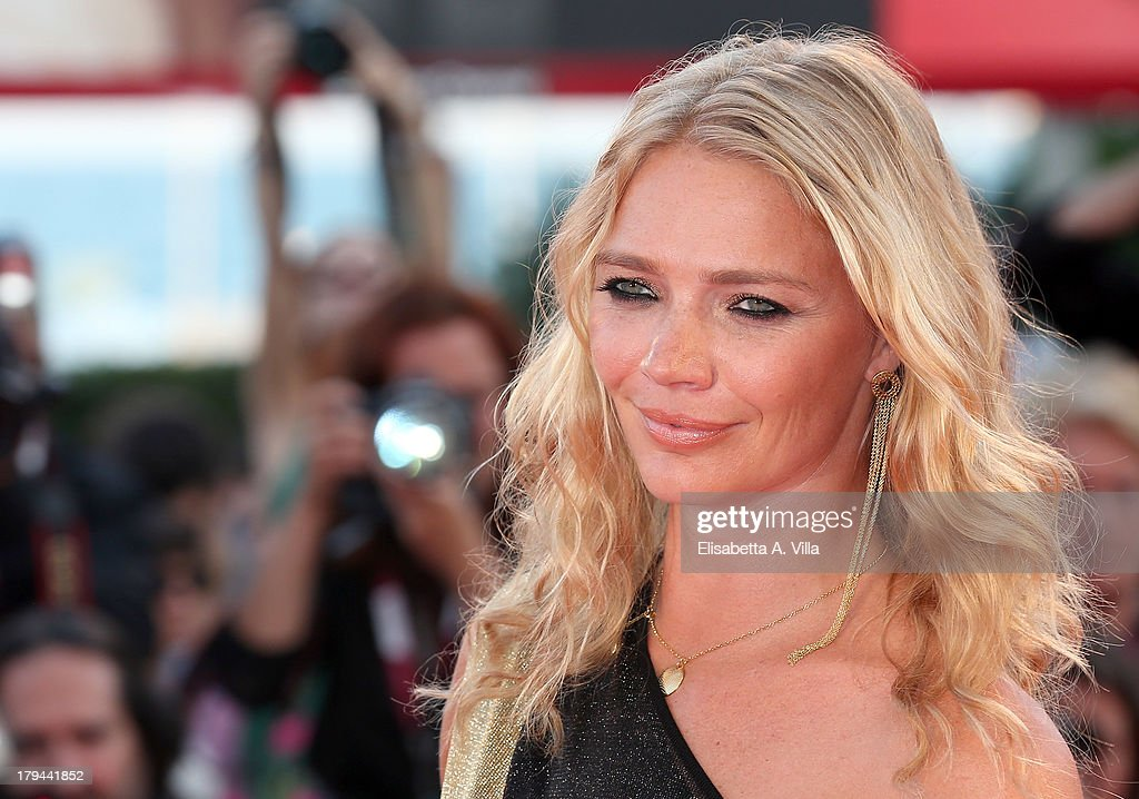 <a gi-track='captionPersonalityLinkClicked' href=/galleries/search?phrase=Jodie+Kidd&family=editorial&specificpeople=178960 ng-click='$event.stopPropagation()'>Jodie Kidd</a> attends the 'Under The Skin' Premiere during the 70th Venice International Film Festival at Sala Grande on September 3, 2013 in Venice, Italy.