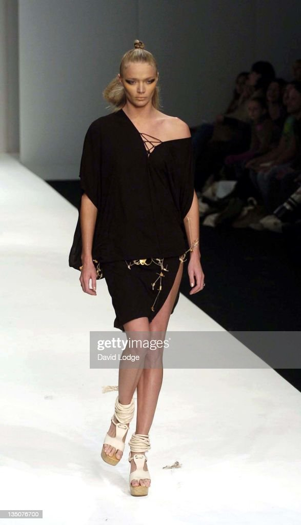 <a gi-track='captionPersonalityLinkClicked' href=/galleries/search?phrase=Jodie+Kidd&family=editorial&specificpeople=178960 ng-click='$event.stopPropagation()'>Jodie Kidd</a> during London Fashion Week Spring 2005 - Koshino - Runway at BFC Tent in London, Great Britain.