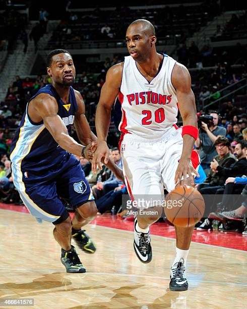 Jodie Meeks of the Detroit Pistons handles the ball against the Memphis Grizzlies on March 17 2015 at The Palace of Auburn Hills in Auburn Hills...