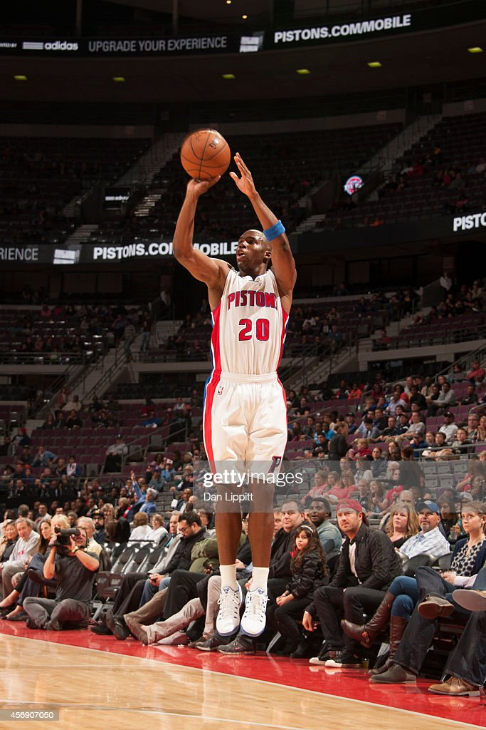 Jodie Meeks of the Detroit Pistons shoots against the Chicago Bulls on October 7 2014 at The Palace of Auburn Hills in Auburn Hills Michigan NOTE TO...