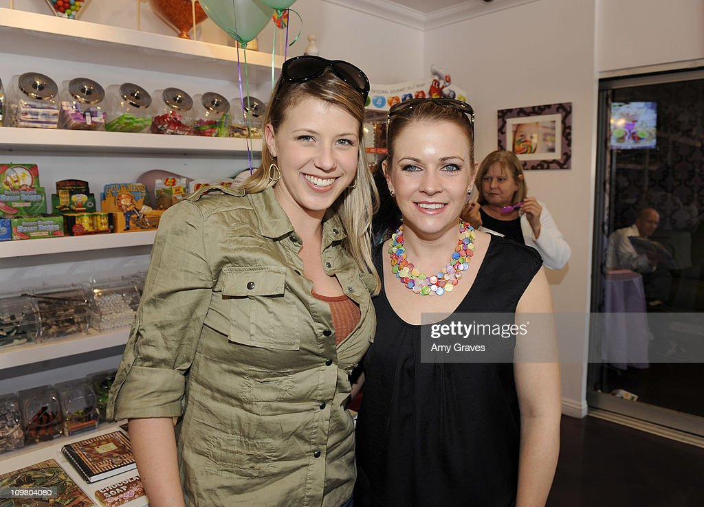 <a gi-track='captionPersonalityLinkClicked' href=/galleries/search?phrase=Jodie+Sweetin&family=editorial&specificpeople=1611458 ng-click='$event.stopPropagation()'>Jodie Sweetin</a> and Melissa Joan Hart attend the Sweet Harts 'Play Date' Launch Party Benefitting The Art of Elysium at Sweet Harts on March 5, 2011 in Sherman Oaks, California.