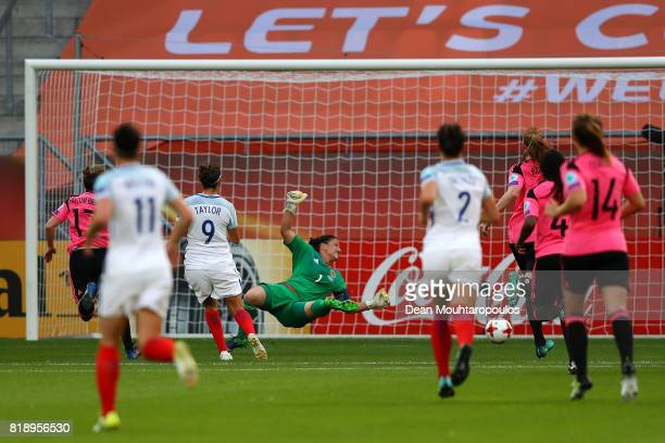 Jodie Taylor of England scores the first goal of the game during the UEFA Women's Euro 2017 Group D match between England and Scotland at Stadion...