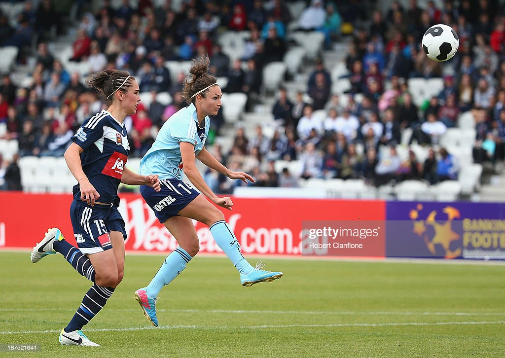 Jodie Taylor of Sydney FC shoot on goal to score during the round one W-League match between the Melbourne Victory and Sydney FC at Lakeside Stadium on November 10, 2013 in Melbourne, Australia.