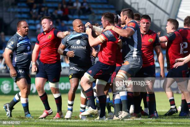 Jody Jenneker of Castres and Peter O'Mahony of Munster during the European Champions Cup match between Castres and Munster on October 15 2017 in...