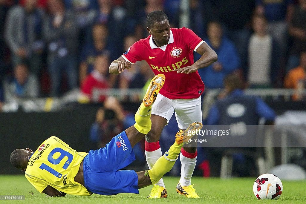 Jody Lukoki of SC Cambuur, Jetro Willems of PSV during the Dutch Eredivisie match between PSV and SC Cambuur at Philips stadium on August 31, 2013 in Eindhoven, The Netherlands.