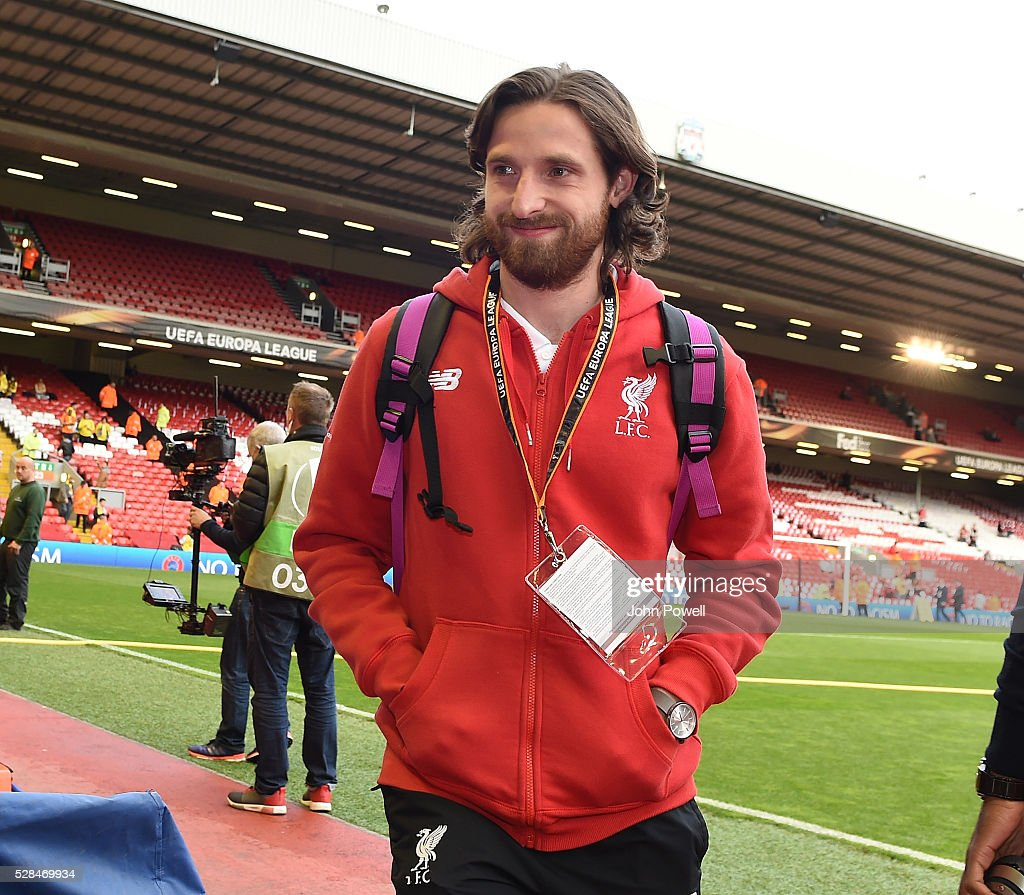 <a gi-track='captionPersonalityLinkClicked' href=/galleries/search?phrase=Joe+Allen+-+Welsh+Soccer+Player&family=editorial&specificpeople=9629091 ng-click='$event.stopPropagation()'>Joe Allen</a> of Liverpool arrives before the UEFA Europa League Semi Final: Second Leg match between Liverpool and Villarreal CF at Anfield on May 05, 2016 in Liverpool, England.