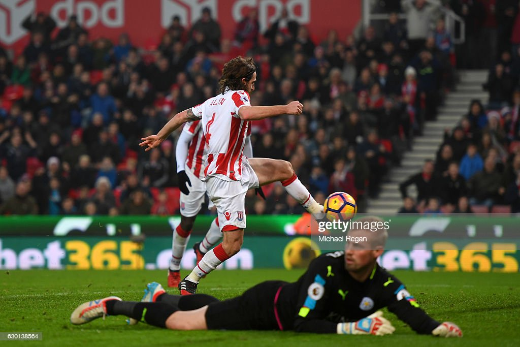 Joe Allen of Stoke City (C) scores his sides second goal during the Premier League match between Stoke City and Leicester City at Bet365 Stadium on December 17, 2016 in Stoke on Trent, England.