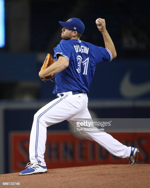 Joe Biagini of the Toronto Blue Jays delivers a pitch in the first inning during MLB game action against the Seattle Mariners at Rogers Centre on May...