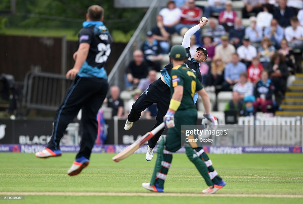 Joe Clarke of Worcestershire catches out <a gi-track='captionPersonalityLinkClicked' href=/galleries/search?phrase=Michael+Lumb+-+Cricketer&family=editorial&specificpeople=6946049 ng-click='$event.stopPropagation()'>Michael Lumb</a> of Nottinghamshire during the NatWest T20 Blast match between Worcestershire and Nottinghamshire at New Road on June 18, 2016 in Worcester, England.