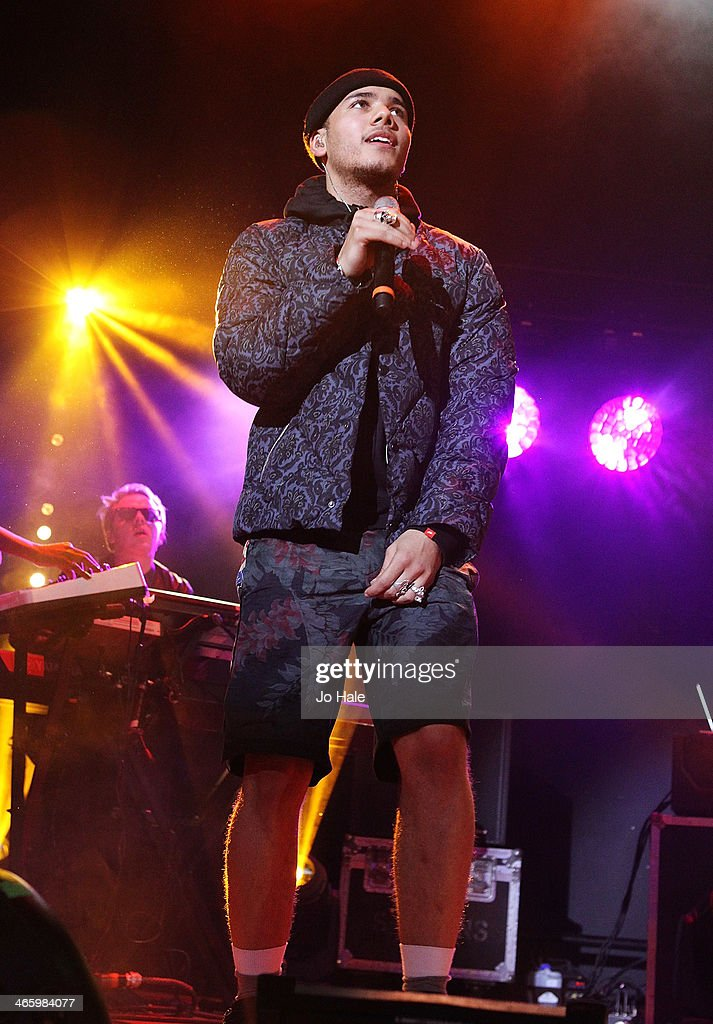 Joe Compass performs on stage for MTV Brand New For 2014 Showcase at Islington Assembly Hall on January 30, 2014 in London, United Kingdom.