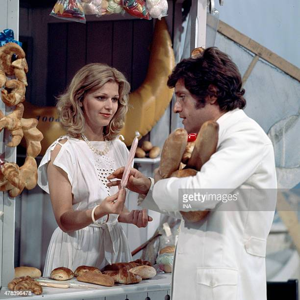 Joe Dassin and Jeane Manson in the program ''Number one''