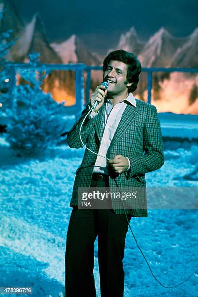 Joe Dassin on the set ''Number one'' which is dedicated to him
