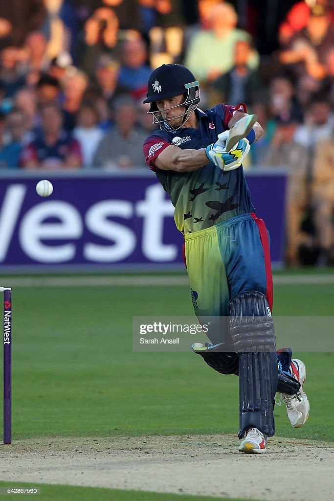 <a gi-track='captionPersonalityLinkClicked' href=/galleries/search?phrase=Joe+Denly&family=editorial&specificpeople=652841 ng-click='$event.stopPropagation()'>Joe Denly</a> of Kent hits a boundary during the Natwest T20 Blast match between Kent and Middlesex at The Spitfire Ground on June 24, 2016 in Canterbury, England.