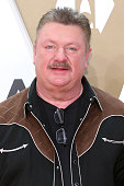 Country Star Joe Diffie Positive For COVID-19 Dies At 61