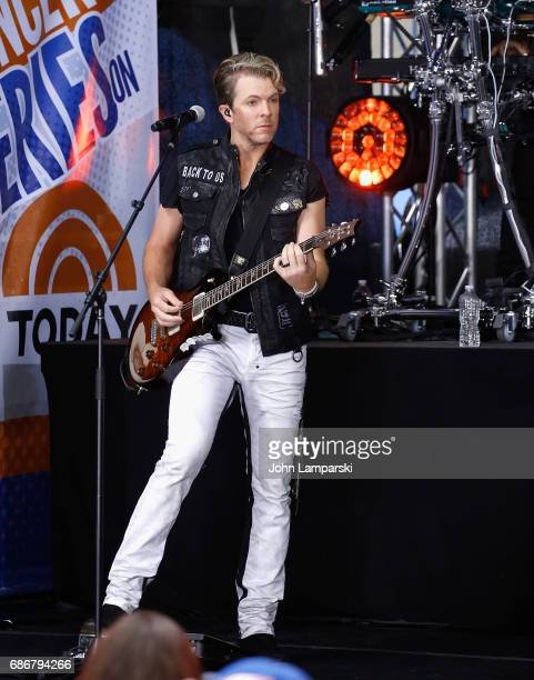 Joe Don Rooney of Rascal Flatts performs on NBC's 'Today' at Rockefeller Plaza on May 22 2017 in New York City