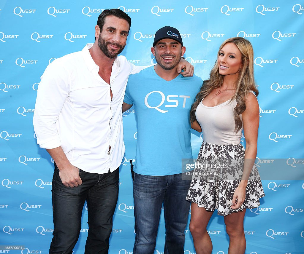 <a gi-track='captionPersonalityLinkClicked' href=/galleries/search?phrase=Joe+Donnelly&family=editorial&specificpeople=3269744 ng-click='$event.stopPropagation()'>Joe Donnelly</a>, Rob G of Quest Nutrition and Paige Hathaway attend the Quest Nutrition 'Beyond The Bar' Protein Powder Release Celebration at Smogshoppe on November 9, 2014 in Los Angeles, California.