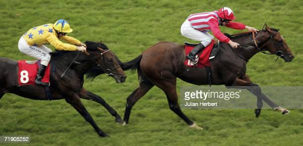 Joe Fanning and Thunder Storm Cat lead the Jimmy Fortune ridden Longquan home to land The Dubai Duty Free Golf World Cup Maiden Stakes Race run at...