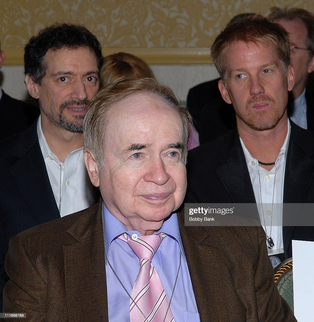 Joe Franklin attends 'The Friars Club Roast honour Pat Cooper' at the New York Hilton on October 19, 2007 in New York City, New York
