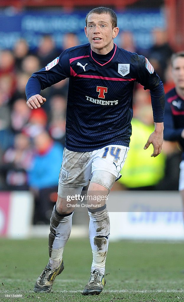 Joe Garner of Preston attacks during the npower League One match between Brentford and Preston North End at Griffin Park on March 16, 2013 in London, England,