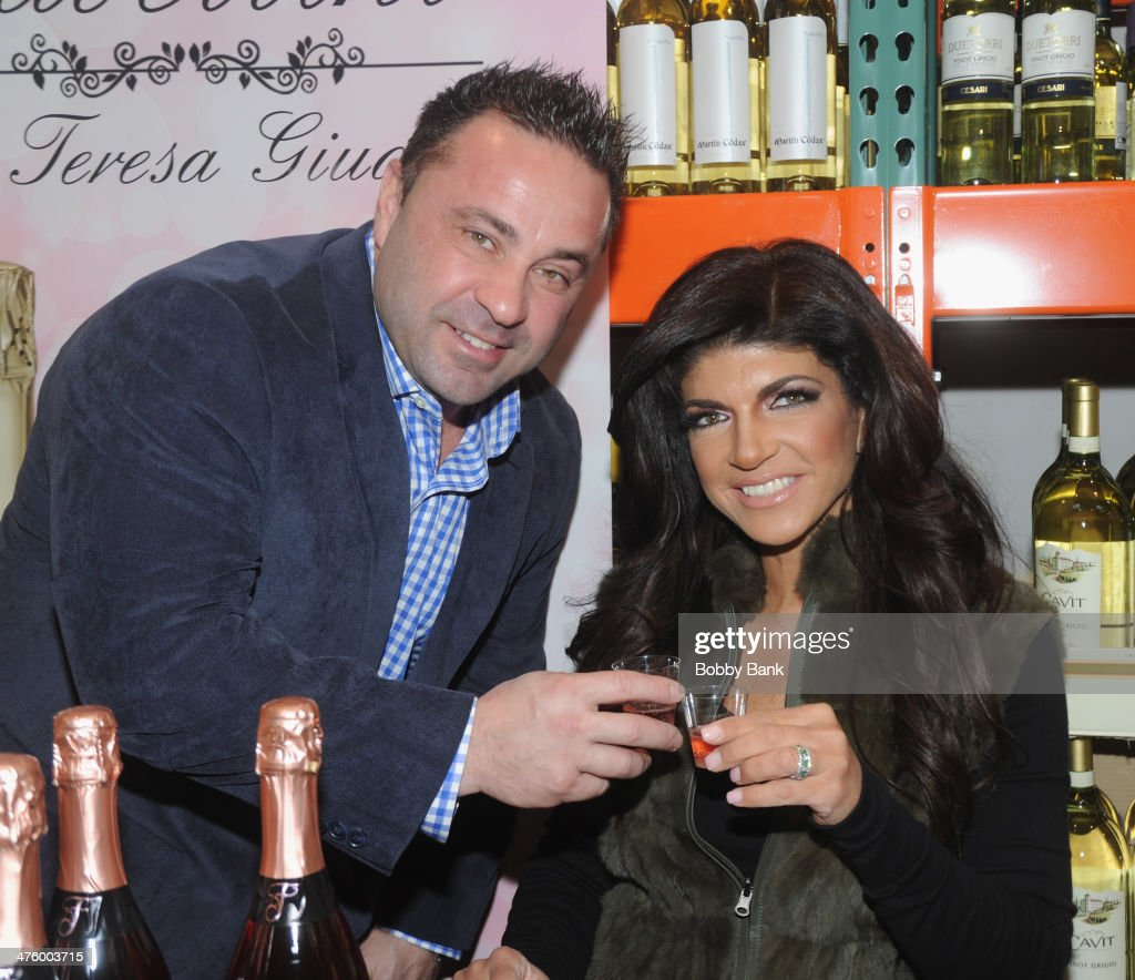 Joe Giudice and Teresa Giudice attend the Fabellini Bottle Signing and Tasting at Costco on March 1 2014 in Plainfield New Jersey