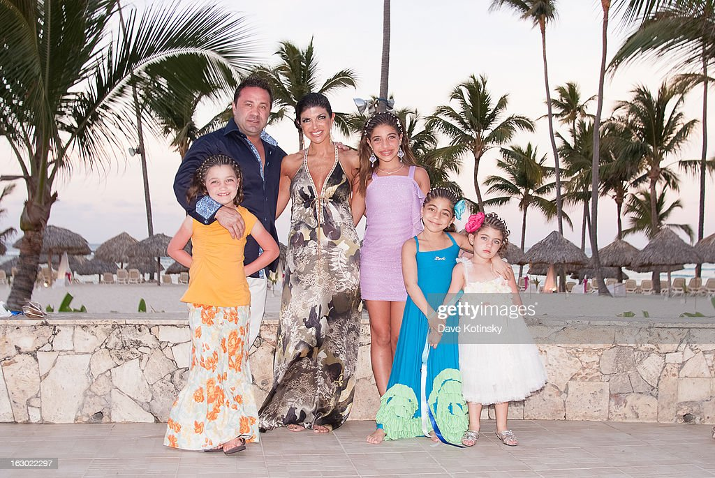 <a gi-track='captionPersonalityLinkClicked' href=/galleries/search?phrase=Joe+Giudice&family=editorial&specificpeople=5978109 ng-click='$event.stopPropagation()'>Joe Giudice</a>, <a gi-track='captionPersonalityLinkClicked' href=/galleries/search?phrase=Teresa+Giudice&family=editorial&specificpeople=5912953 ng-click='$event.stopPropagation()'>Teresa Giudice</a>, <a gi-track='captionPersonalityLinkClicked' href=/galleries/search?phrase=Audriana+Giudice&family=editorial&specificpeople=8280925 ng-click='$event.stopPropagation()'>Audriana Giudice</a>, <a gi-track='captionPersonalityLinkClicked' href=/galleries/search?phrase=Gia+Giudice&family=editorial&specificpeople=6925399 ng-click='$event.stopPropagation()'>Gia Giudice</a>, <a gi-track='captionPersonalityLinkClicked' href=/galleries/search?phrase=Gabriella+Giudice&family=editorial&specificpeople=6925398 ng-click='$event.stopPropagation()'>Gabriella Giudice</a> and <a gi-track='captionPersonalityLinkClicked' href=/galleries/search?phrase=Milania+Giudice&family=editorial&specificpeople=6925400 ng-click='$event.stopPropagation()'>Milania Giudice</a> at the Majestic Resort in Punta Cana on March 3, 2013 in UNSPECIFIED, Dominican Republic.