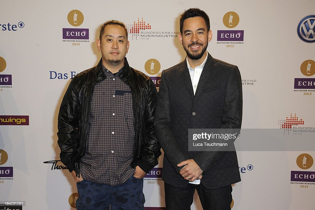 <a gi-track='captionPersonalityLinkClicked' href=/galleries/search?phrase=Joe+Hahn&family=editorial&specificpeople=630187 ng-click='$event.stopPropagation()'>Joe Hahn</a> and <a gi-track='captionPersonalityLinkClicked' href=/galleries/search?phrase=Mike+Shinoda&family=editorial&specificpeople=657527 ng-click='$event.stopPropagation()'>Mike Shinoda</a> attend the Echo Award 2013 at Palais am Funkturm on March 21, 2013 in Berlin, Germany.